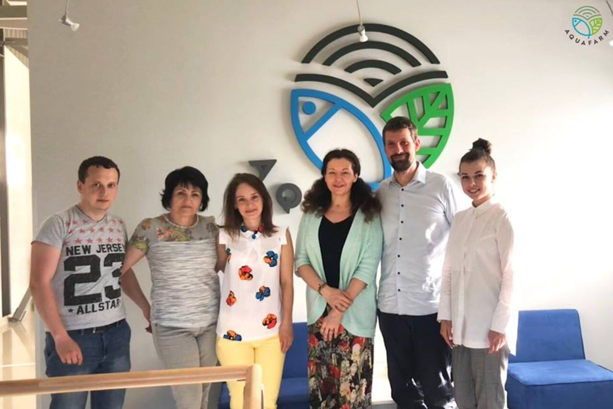 Dignity Space and Aquafarm Ukraine celebrated the meeting with a friendly discussion